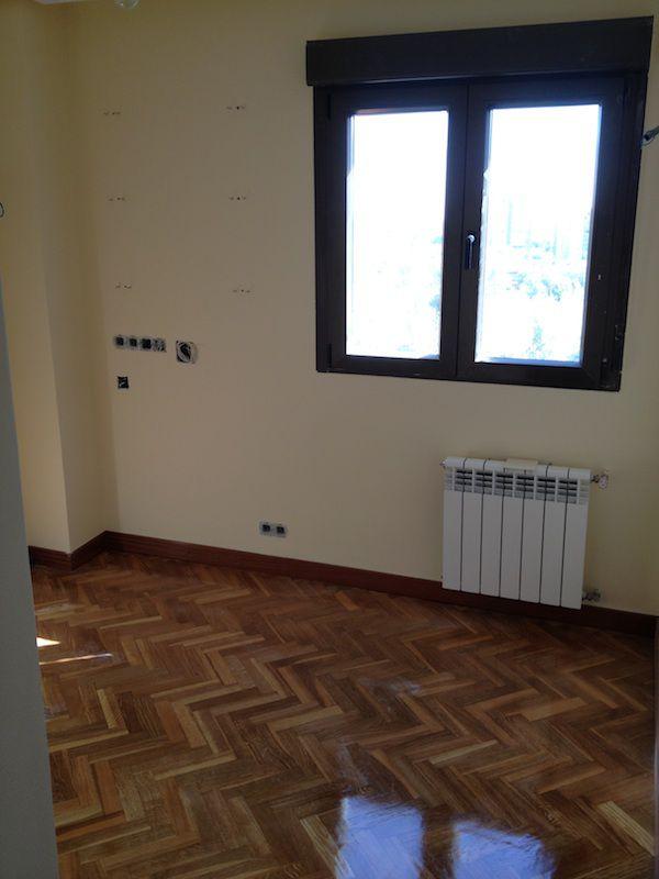Reforma pasillo de una vivienda.